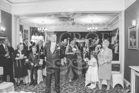 Graham-&-Jeanette-Statham Lodge Wedding - 00042