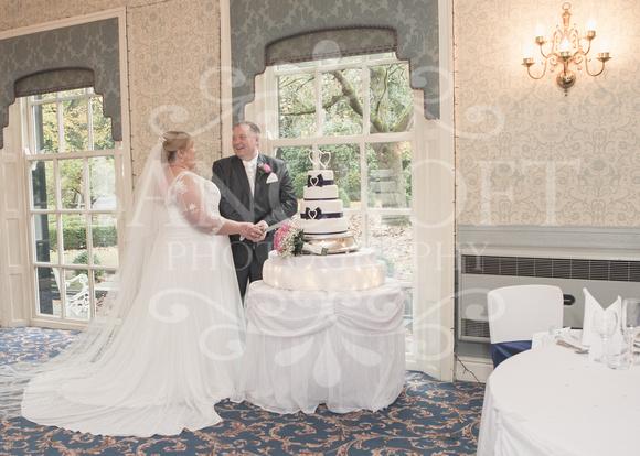 Graham-&-Jeanette-Statham Lodge Wedding - 00092