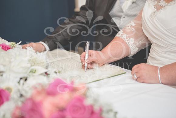 Graham-&-Jeanette-Statham Lodge Wedding - 00058