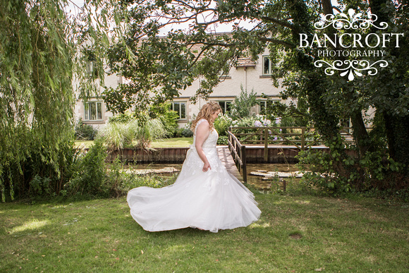 Ed & Kayleigh - Crown of Crucis Cotswold Wedding-01423