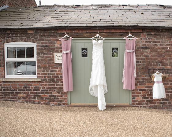 Tom _and_Lianne_Sandhole_Oak_Barn_Wedding 00029
