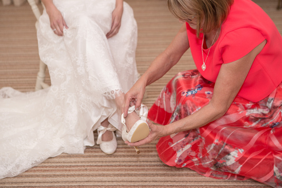 Tom _and_Lianne_Sandhole_Oak_Barn_Wedding 00249