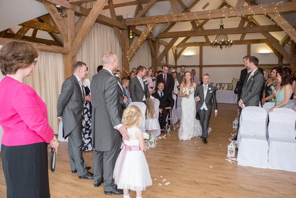 Tom _and_Lianne_Sandhole_Oak_Barn_Wedding 00415