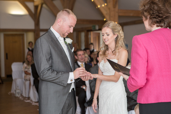 Tom _and_Lianne_Sandhole_Oak_Barn_Wedding 00504