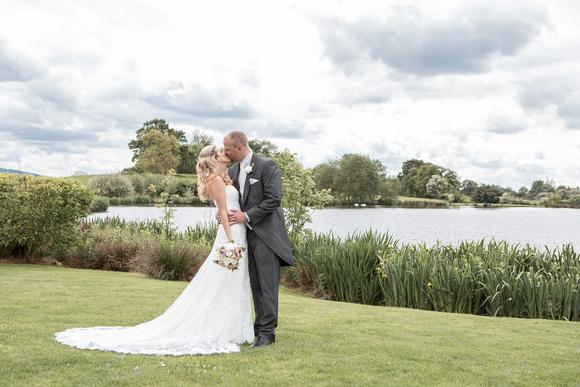 Tom _and_Lianne_Sandhole_Oak_Barn_Wedding 00688