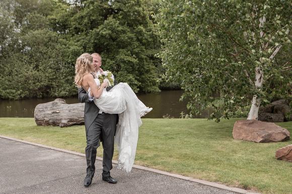 Tom _and_Lianne_Sandhole_Oak_Barn_Wedding 00765