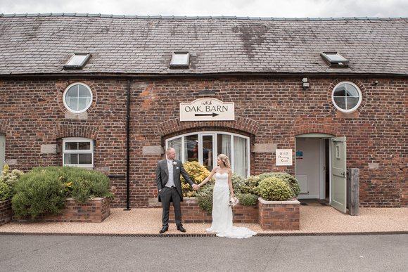 Tom _and_Lianne_Sandhole_Oak_Barn_Wedding 00789