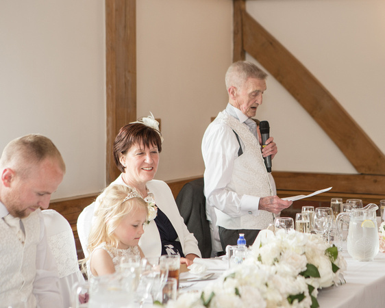 Tom _and_Lianne_Sandhole_Oak_Barn_Wedding 01238