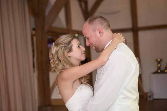 Tom _and_Lianne_Sandhole_Oak_Barn_Wedding 01441