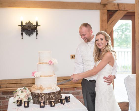 Tom _and_Lianne_Sandhole_Oak_Barn_Wedding 01513