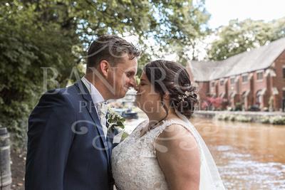 Michael_&_Laura_Worsley_Court_House_Wedding 00399
