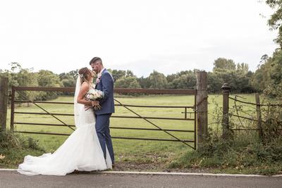 Ben_&_Victoria_St_Albans_Statham_Lodge_Wedding_00097