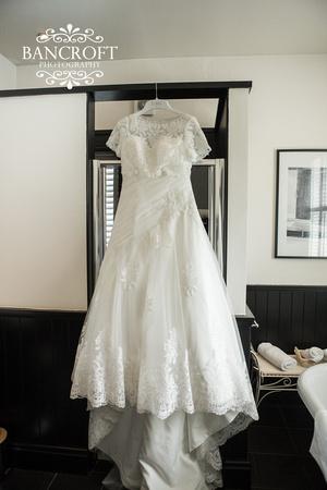 Chris_&_Louiza_Samlesbury_Hall_Wedding 00068