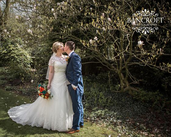 Chris_&_Louiza_Samlesbury_Hall_Wedding 00351