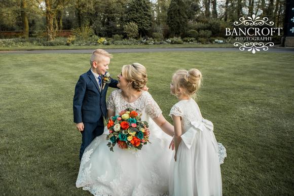 Chris_&_Louiza_Samlesbury_Hall_Wedding 00772