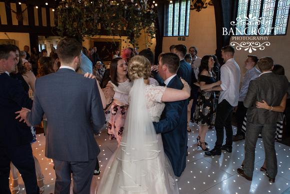 Chris_&_Louiza_Samlesbury_Hall_Wedding 00864