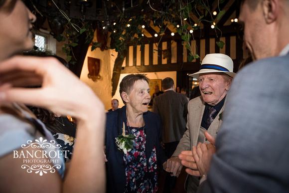 Chris_&_Louiza_Samlesbury_Hall_Wedding 00876