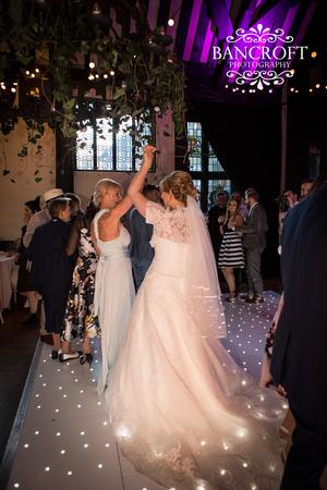 Chris_&_Louiza_Samlesbury_Hall_Wedding 00895
