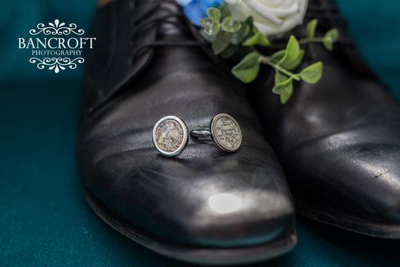 Keith_&_Laura_Thornton_Hall_Wedding 00016
