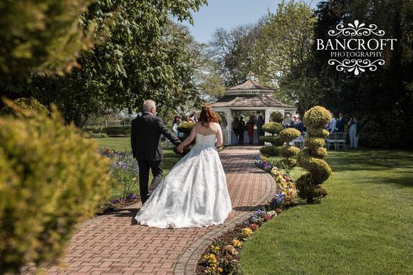 Keith_&_Laura_Thornton_Hall_Wedding 00237
