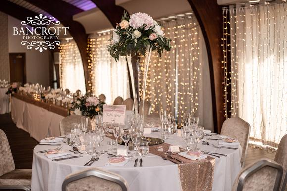 Dan_&_Amy_Colshaw_Hall_Wedding-00586