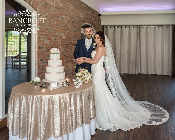 Dan_&_Amy_Colshaw_Hall_Wedding-00707