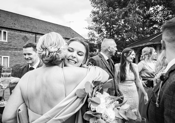 Toby & Holly - Slaters Country Inn  00406
