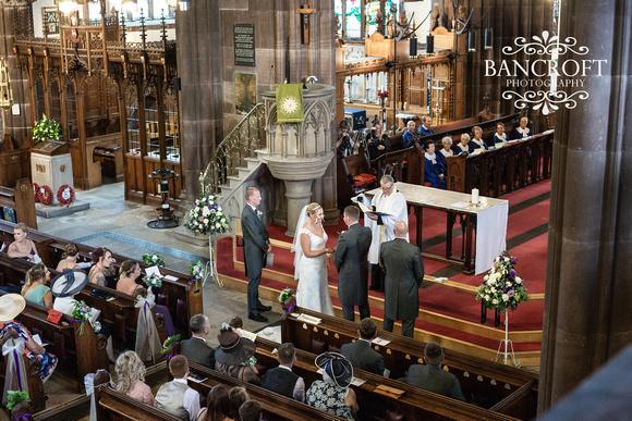 Richard_&_Gemma_Mere_Court_Wedding 00300