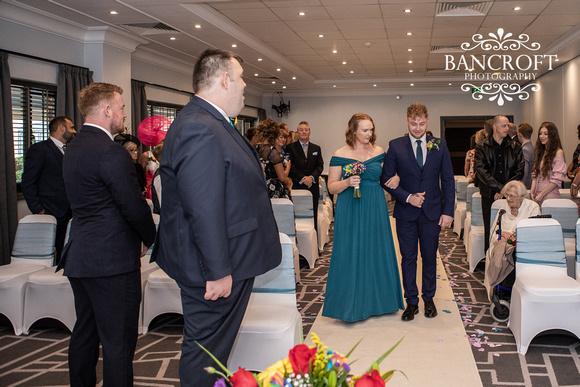 Liam_&_Beckie_Village_Hotel_Wedding 00058