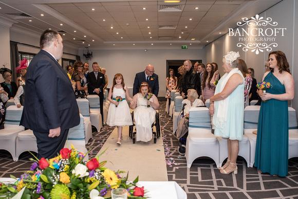 Liam_&_Beckie_Village_Hotel_Wedding 00068