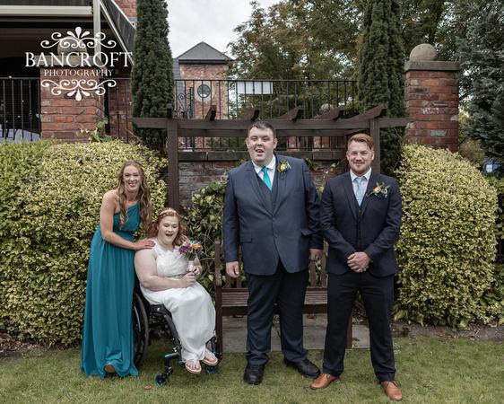 Liam_&_Beckie_Village_Hotel_Wedding 00287