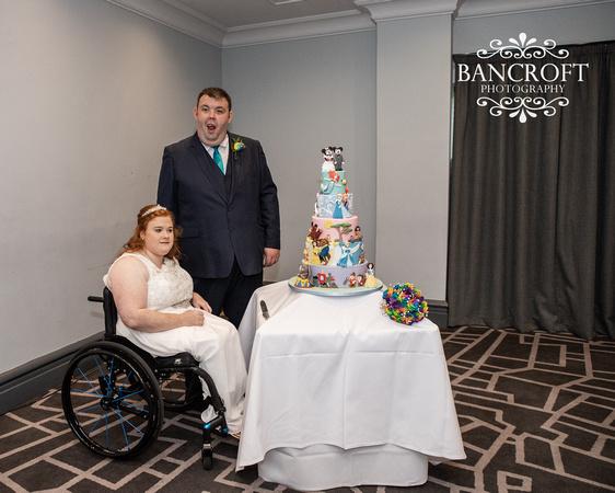 Liam_&_Beckie_Village_Hotel_Wedding 00338