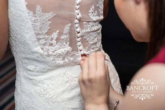 Kyle_&_Hollie_Village_Hotel_Wedding 00150