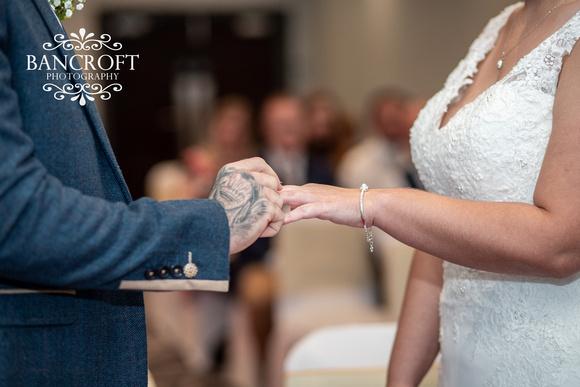 Kyle_&_Hollie_Village_Hotel_Wedding 00291