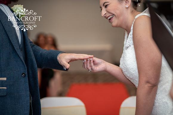Kyle_&_Hollie_Village_Hotel_Wedding 00296