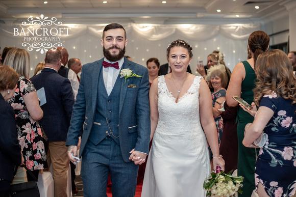 Kyle_&_Hollie_Village_Hotel_Wedding 00331