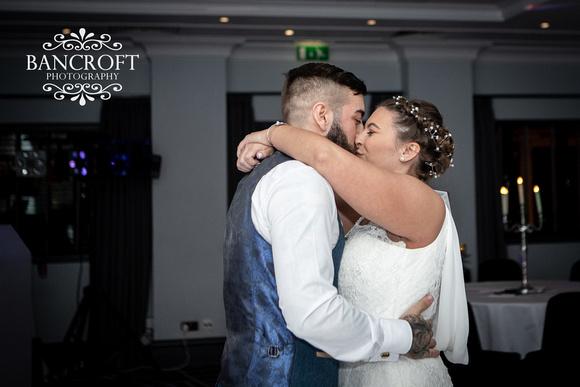 Kyle_&_Hollie_Village_Hotel_Wedding 00939