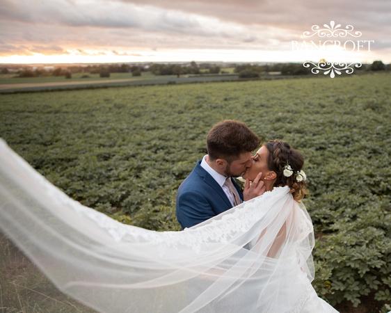 Peter_&_Rebecca_West_Tower_Wedding-00808