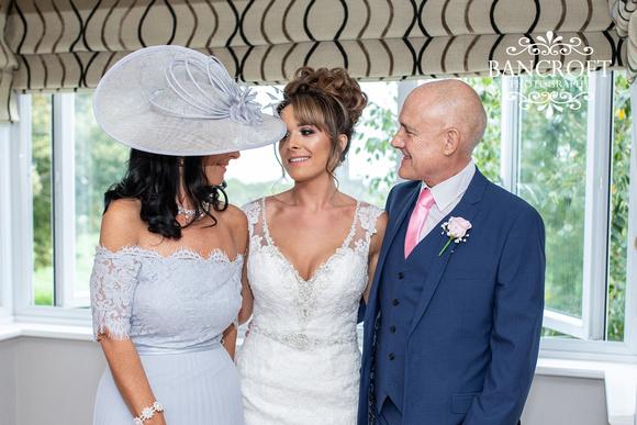 Richard_&_Sophie_Thornton_Manor_Wedding 00211