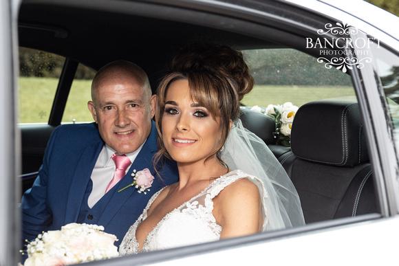 Richard_&_Sophie_Thornton_Manor_Wedding 00293
