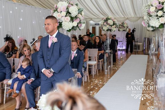 Richard_&_Sophie_Thornton_Manor_Wedding 00324