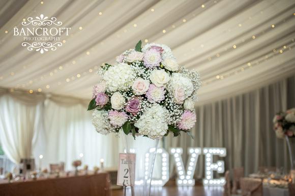 Richard_&_Sophie_Thornton_Manor_Wedding 00727