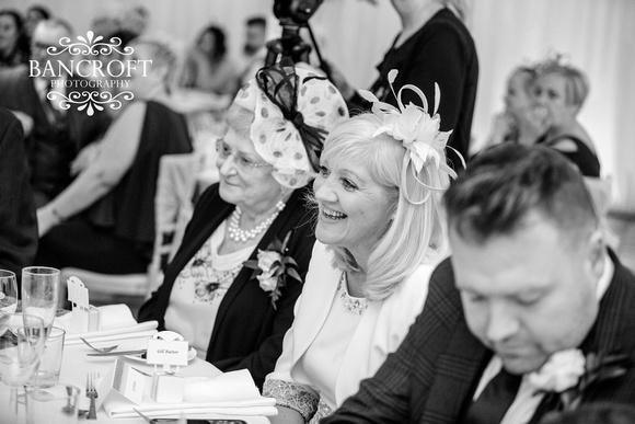 Richard_&_Sophie_Thornton_Manor_Wedding 00788