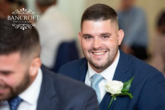 Richard_&_Sophie_Thornton_Manor_Wedding 00828