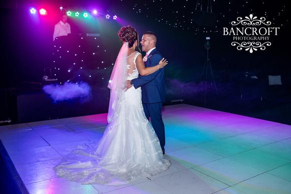 Richard_&_Sophie_Thornton_Manor_Wedding 01017
