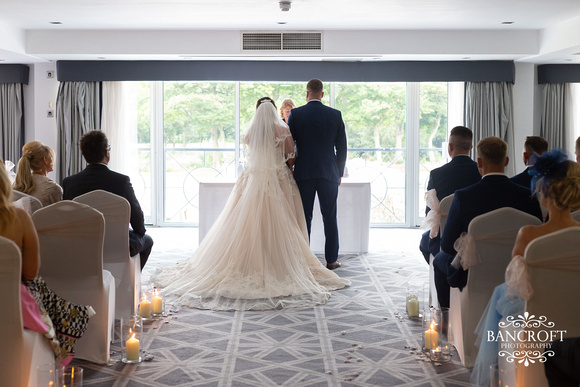 Andy & Sophie - Formby Hall 00319