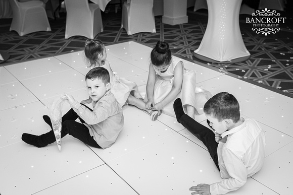 Andy & Sophie - Formby Hall 00923