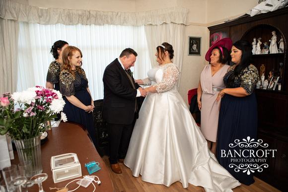 Brian_&_Helen_Chester_Doubletree_Hilton_Wedding 00221