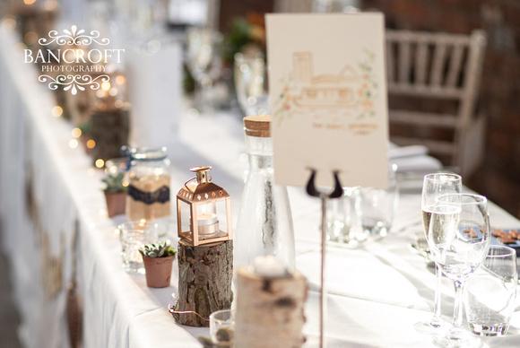Brian_&_Helen_Chester_Doubletree_Hilton_Wedding 01028