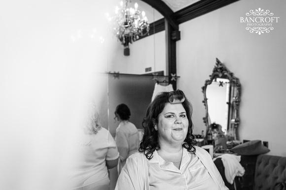Mark & Sue - Tyn Dwr Hall Wedding 00148